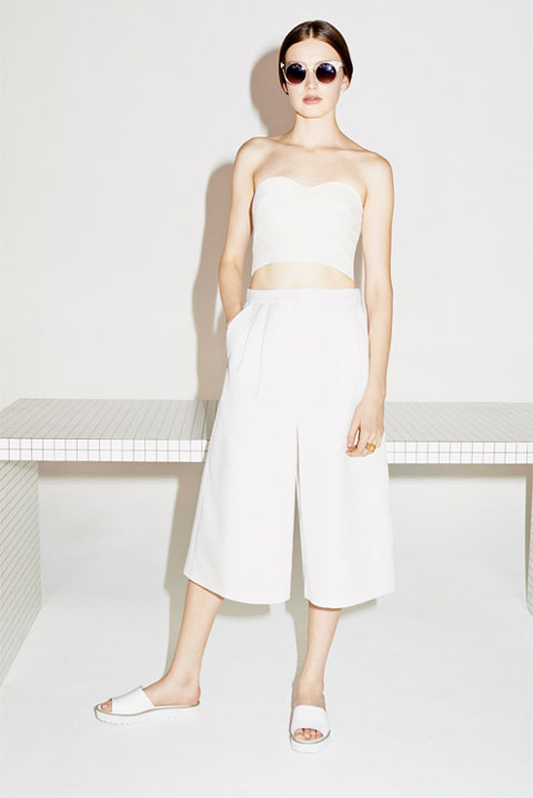 Strapless-cropped-top