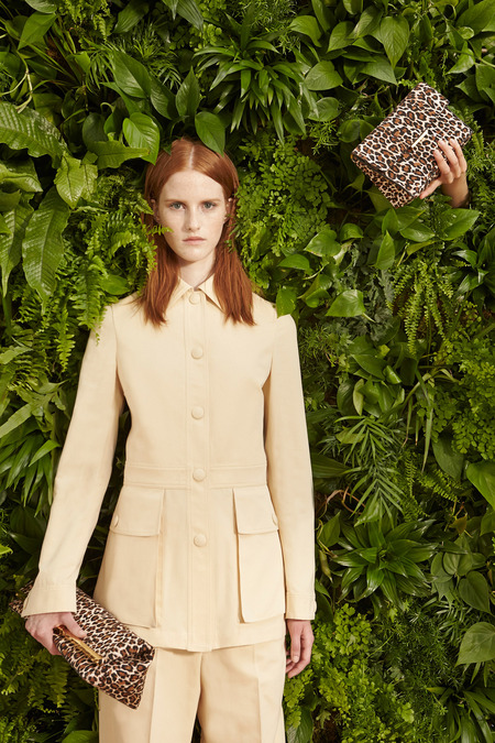 Stella_McCartney_010_1366.450x675