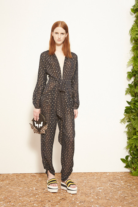 Stella_McCartney_015_1366.450x675
